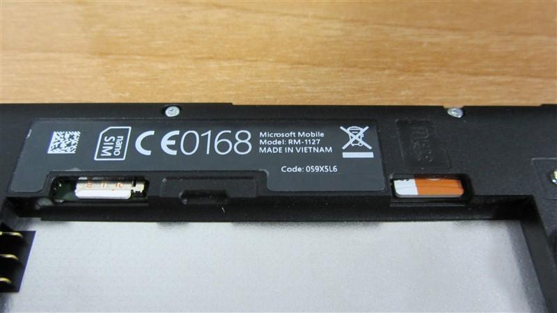 Ranuras Nano Sim y microSD